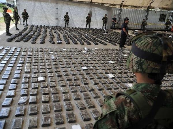 Ejército colombiano encuentra 3,9 toneladas de cocaína en laboratorio clandestino. | AFP.