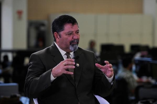 11-05-16, GN Medios, Llorente de Tibás, entrevista con el Ministro de Seguridad Luis Gustavo Mata, foto Rafael Murillo