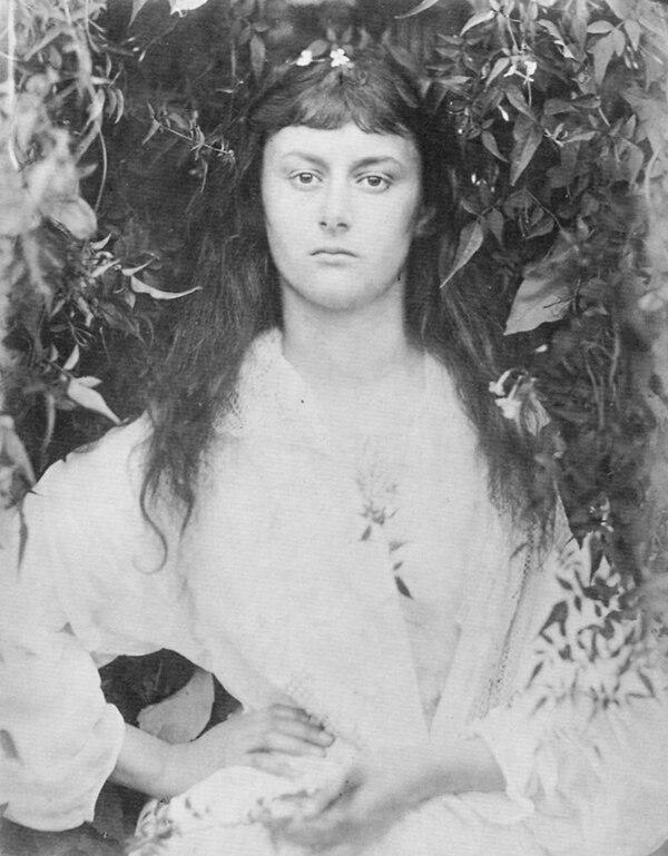 Alice Liddell, la musa del libro, cuando tenía 20 años.
