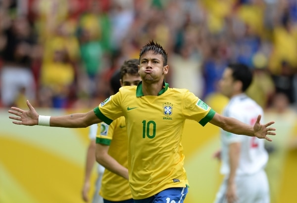 Neymar anotó el primer tanto de la Copa Confederaciones. Fue un gol de gran factura- | AFP