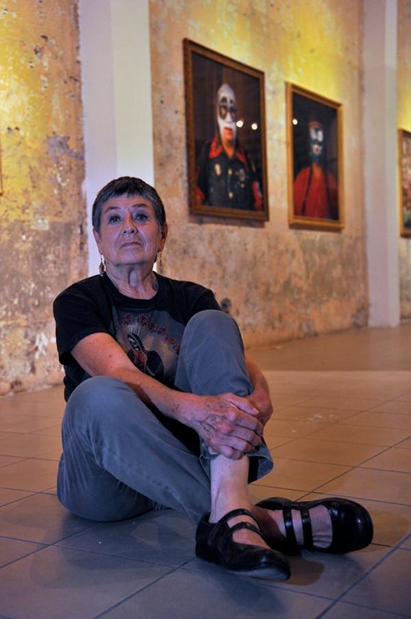 La artista mexicana Lourdes Grobet tenía cerca de 20.000 negativos sobre la lucha libre. Foto: Mayela López
