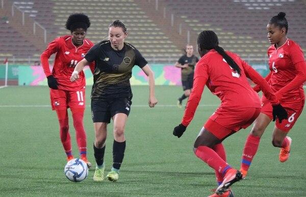 Gloriana Villalobos jugó los 90 minutos contra Panamá en los Juegos Panamericanos de Lima. Fotografía: Prensa CON