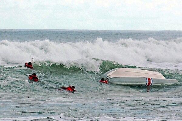 Búsqueda del surfista se realizó durante la noche del viernes y la mañana del sábado.