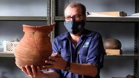 Arqueólogos del Museo Nacional reconstruyen nuestra historia, una pieza a la vez