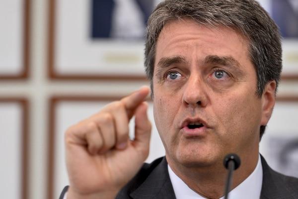 Roberto Azevêdo estaba en su segundo periodo al frente de la Organización Mundial del Comercio (OMC). Luego de siete años en el cargo renunció exactamente un año antes de concluir el plazo. Foto: AFP / Fabrice Cofrini