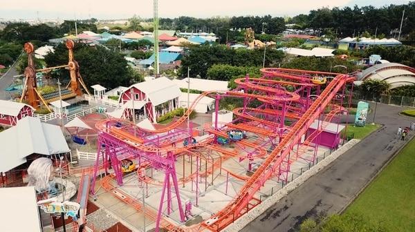 Parque Diversiones inauguró su nueva atracción mecánica, llamada Torbellino. Foto cortesía Parque Diversiones