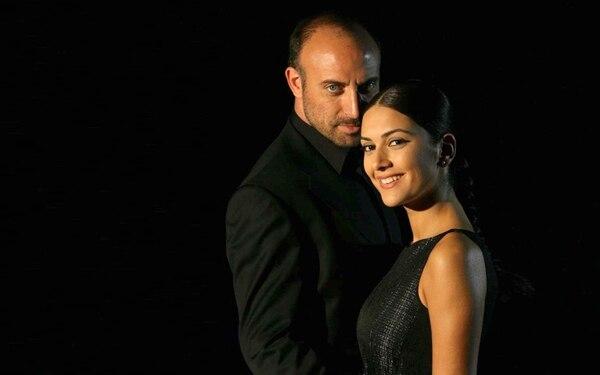 La amor entre Onur Aksal y Sherezade Eviyaoglú capturará la pantalla del 7 a partir del lunes. Teletica para LN.