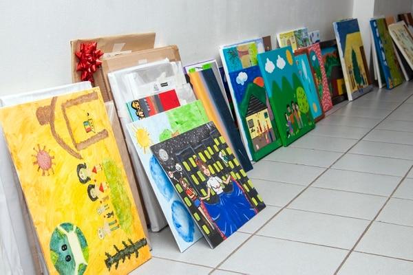 Algunas de las obras postuladas para el concurso 'Así es mi hogar'. Foto: MSJ/ Arnoldo Robert para LN