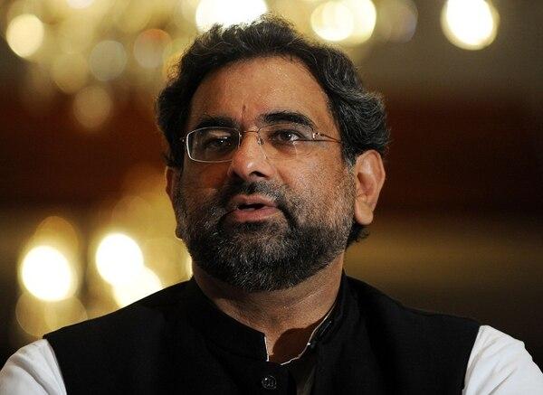 Shahid Khaqan Abbasi fue designado como jefe de estado provisional, luego de que el primer ministro fuera destituido por escándalos de corrupción.