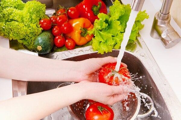 Las frutas y verduras deben ser parte de nuestra dieta diaria. Fotografía: Shutterstock