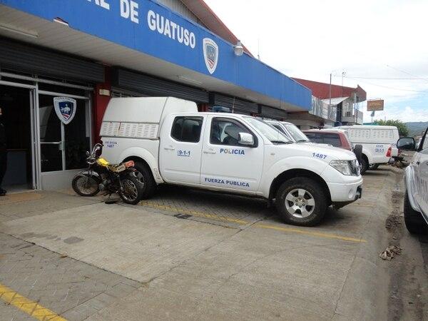 Fuerza Pública usa perreras para mantener a detenidos en Guatuso. Foto: Cortesía de MNPT