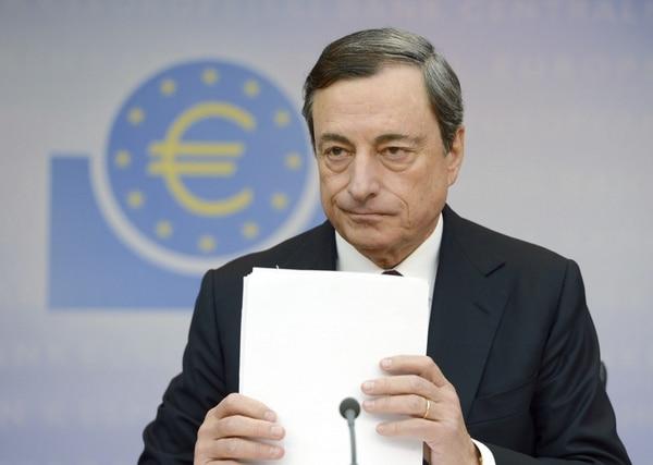 La información fue dada a conocer por el presidente del Banco Central Europeo (BCE), Mario Draghi, en conferencia de prensa.