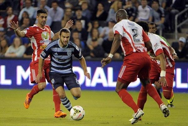 Graham Zusi, estrella del Sporting Kansas City, fue amonestado y no podrá jugar en Costa Rica el próximo 23 de octubre. | FACEBOOK.COM/SPORTINGKC