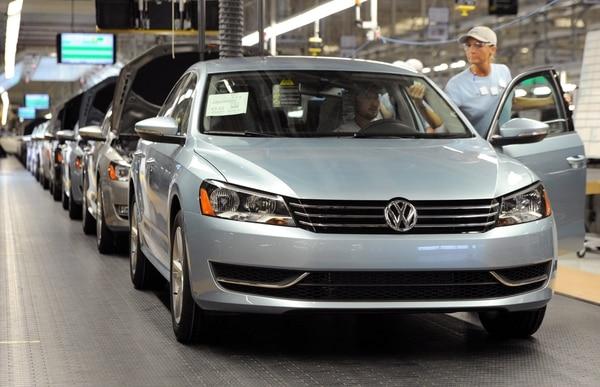 En el cierre de la bolsa de Fráncfort, la acción de Volkswagen cayó 17,14% a 133,70 euros.