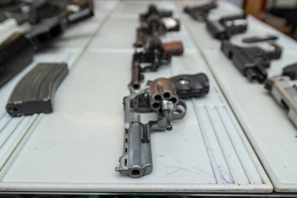 Armas bajo custodia en la Dirección General de Armamento. Foto: José Cordero