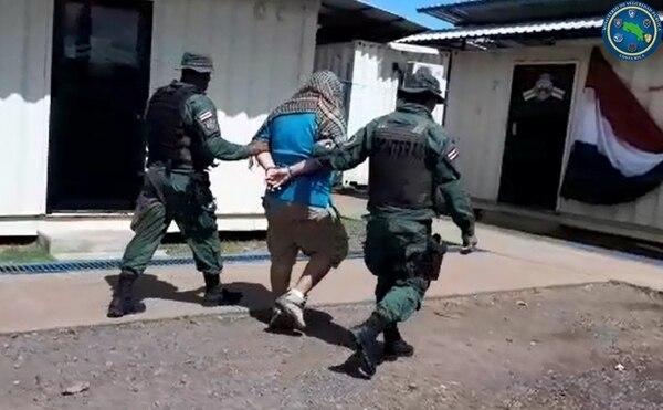 El sospechoso fue trasladado a la Fiscalía de Los Chiles. Foto: MSP