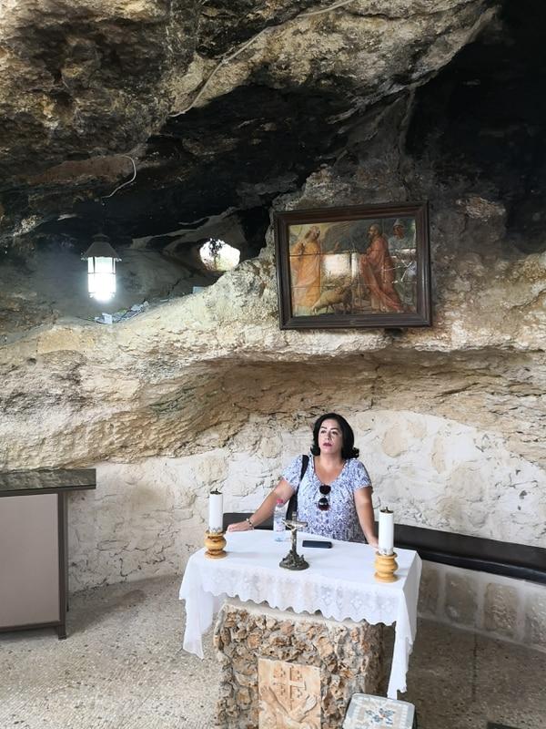 Nancy creció en Colombia, pero su vida adulta la ha realizado en Cisjordania. Trabaja como guía turística en la Iglesia de la Natividad e inmediaciones. Foto: Jorge Arturo Mora