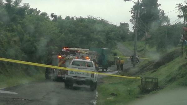 De acuerdo al Cuerpo de Bomberos, la persona no pudo salir del vehículo y cuando las unidades de rescate llegaron al lugar ya había fallecido. Foto: cortesía