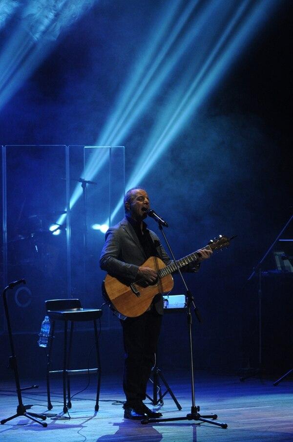 21 piezas en total entonó el artista, que el jueves ofreció su segundo y último show . Jorge Navarro.
