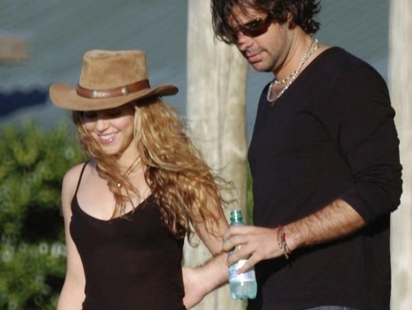 Shakira y Antonio De la Rúa.   AP