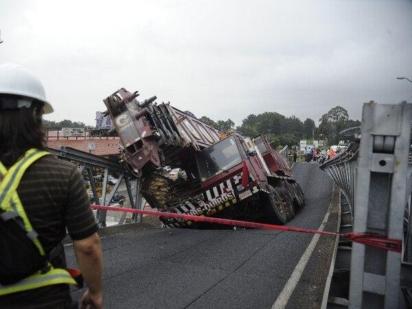 El Gobierno estudia cuáles serán las responsabilidades de la empresa tras el accidente en el puente 'bailey'. | PABLO MONTIEL.