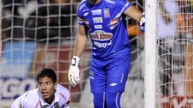 Luis Torres es el portero más regular del Torneo de Invierno