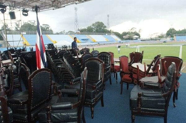 Luz Art fue contratada para el traspaso en el viejo Estadio Nacional.