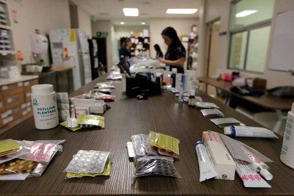 Las farmacias de la CCSS entregaron recetas incompletas de Efavirenz a los pacientes con VIH-sida como medida de contingencia mientras llega un lote del producto, a finales de agosto. (Foto ilustrativa)