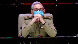 Raúl Castro renuncia como jefe del Partido Comunista de Cuba