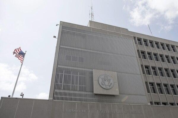 La embajada de Israel permanecía cerrada este domingo.