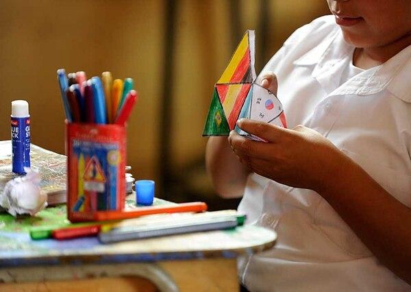 Para terminar el curso lectivo 2014, escuelas y colegios ejecutan el programa