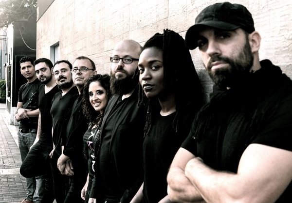 El grupo español Patáx es liderado por el músico Jorge Pérez, ellos fusionan el jazz con música como flamenco, funk y el folclor afrocubano.