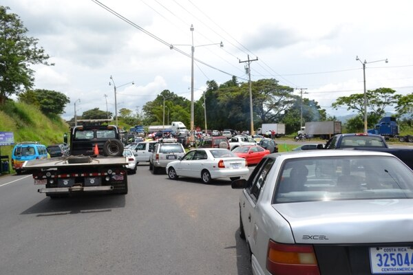 Los importadores de autos usados no bloquearán más las calles hasta el viernes.