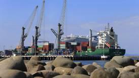 Economía muestra algunas mejoras impulsadas por el sector externo