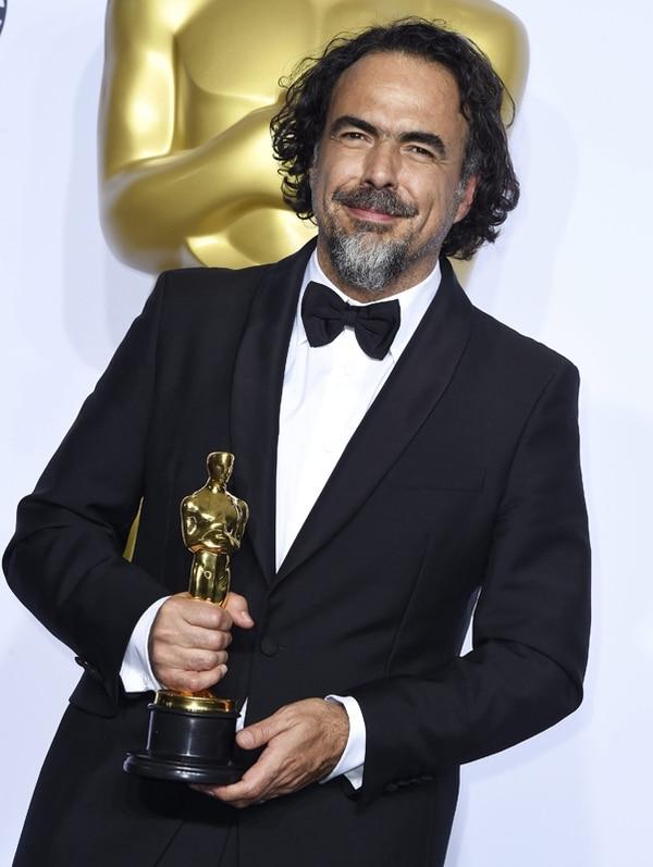 Triunfador. El segundo Óscar a mejor director, lo consiguió Iñárritu por The Revenant , una película que el cineasta considera el más grande reto de su carrera. AFP