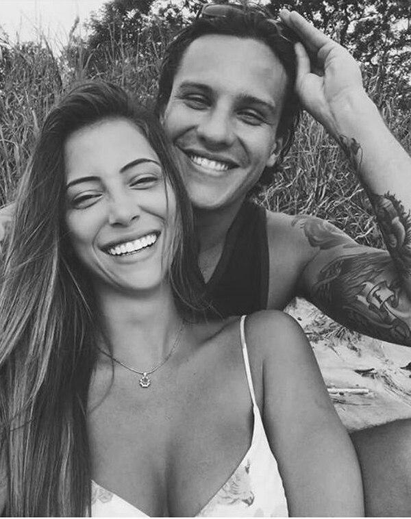 Natalia Carvajal y André Solano se comprometieron en los últimos días del 2018. Sin embargo, no han vuelto a publicar fotos juntos y en algunas ocasiones la hemos visto a ella sin el anillo de compromiso. Foto IG