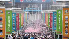 Ambiente tenso en inmediaciones de Wembley en medio de la final entre Italia– Inglaterra