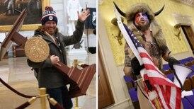 Detenidos otros dos seguidores de Trump por irrumpir en el Capitolio, entre ellos el hombre que cargaba el atril de Pelosi