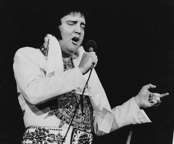 Tres meses antes de morir, Elvis Presley se presentó en concierto en Providence. En el escenario, el cantante era todo un huracán. | ARCHIVO