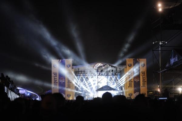 Luces, grandes tarimas y sonido de lujo dejaron a miles de personas disfrutar de los conciertos en Grito Latino. Fotos: Jorge Navarro