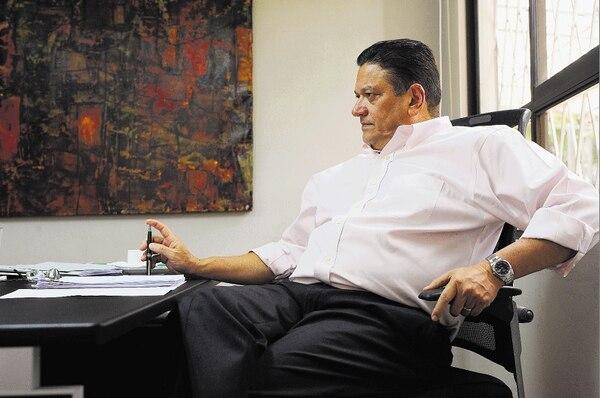 Johnny Araya atendió a un equipo de La Nación en su oficina, cerca del Balcón Verde, en Sabana Oeste.