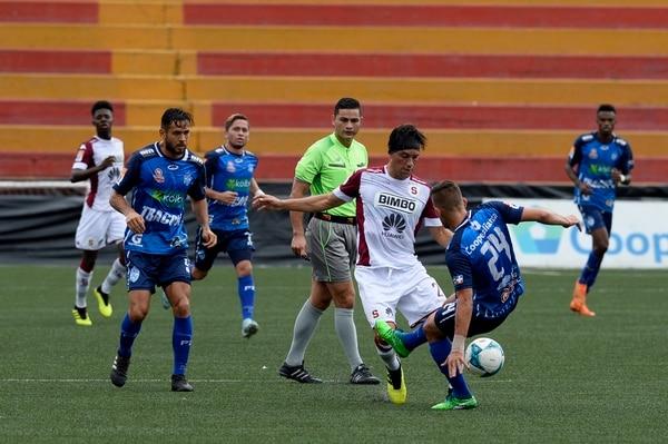 Christian Bolaños fue titular el pasado domingo en el triunfo del campeón nacional ante Pérez Zeledón (2-0). Foto: Diana Méndez