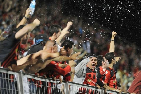 La última vez que el clásico se jugó en Alajuela fue en febrero de este año, con triunfo loal. | ARCHIVO
