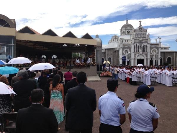 Cientos participan de la misa de este 2 de agosto con motivo de la celebración del Día de la Virgen de Los Ángeles