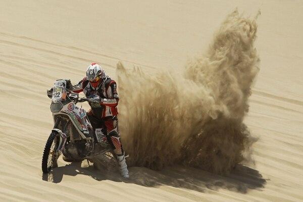 El piloto de motos belga Eric Palante durante el Rally Dakar el año anterior.