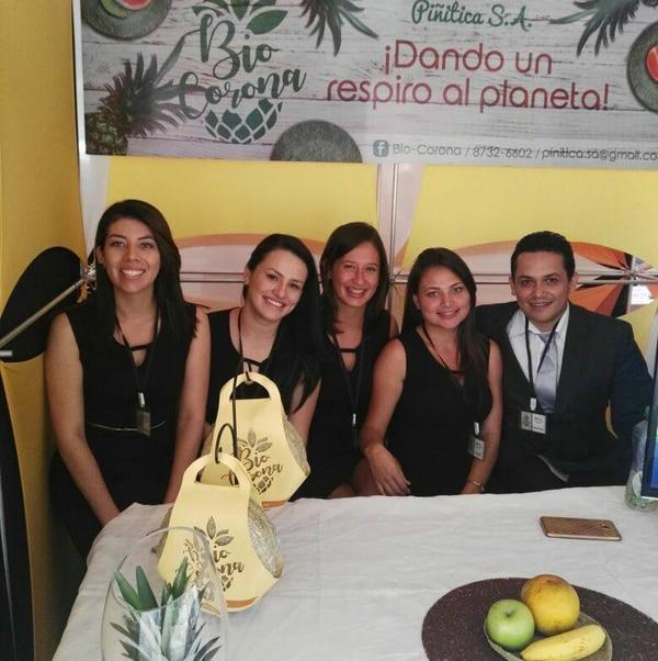 Andrea Rojas, Paola Rodríguez, Wendy Jiménez, Ada Francy Valle y Eduardo Luis Venegas son los emprendedores de Bio-Corona.