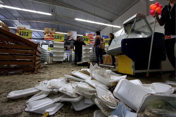 Vista de un supermercado saqueado en Capacho, en el estado de Táchira, en Venezuela, cercano a la frontera con Colombia.