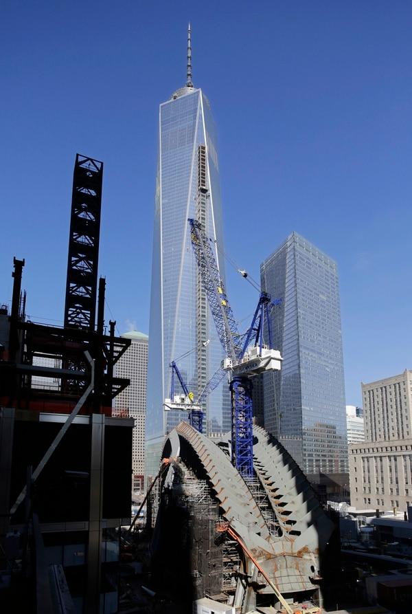 Así se miraba el jueves el avance de la construcción de la One World Trade Center, el cual esta programado para ser concluido en el 2015.