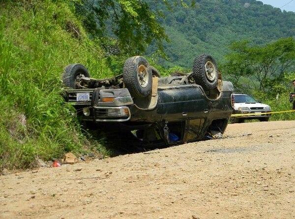 El extranjero murió prensado por el carro cuando perdió el control del auto tras quedarse sin frenos, según la Policía del Tránsito. | MARIO GUEVARA GNN.