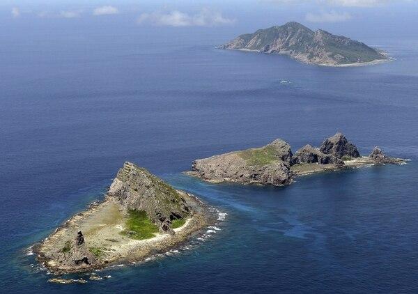 Las islas de Senkaku, en japonés, y Diaoyu, en chino, son disputadas por ambos países. | AP